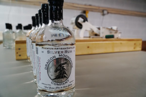 Dragon Moonshine Silver Rum