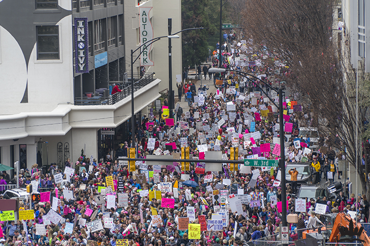 womens-march-in-uptown-charlotte-2
