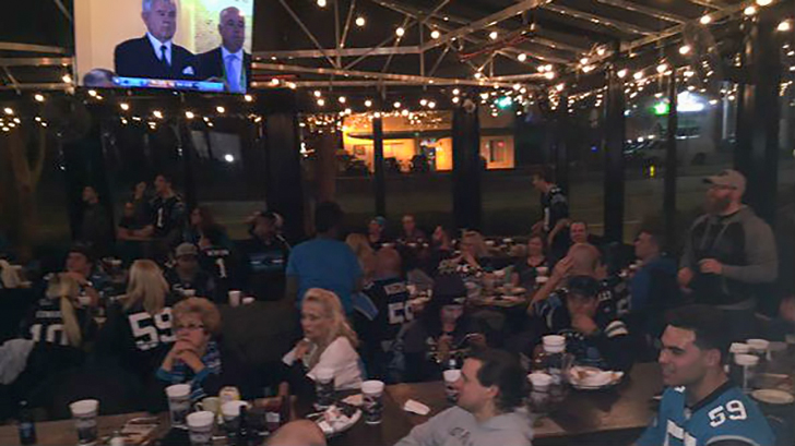 dilworth-neighborhood-grill-superbowl