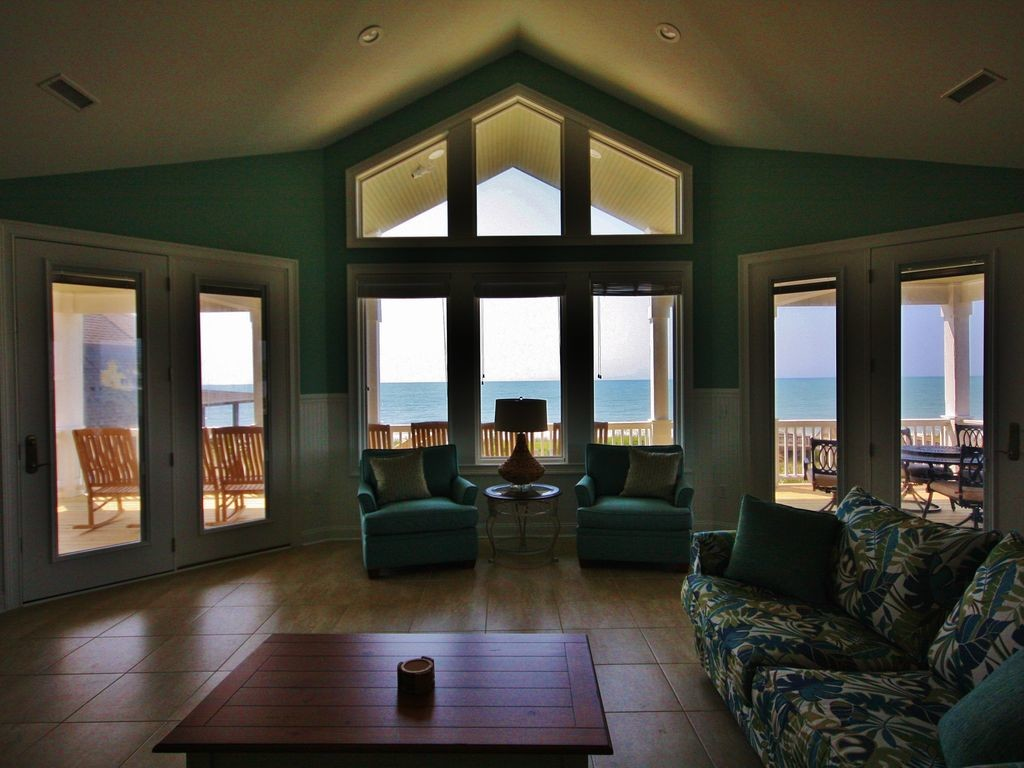 homes-for-rent-on-the-water-in-north-carolina-9