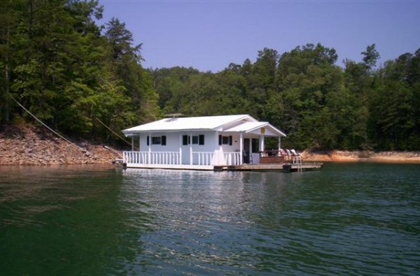 homes-for-rent-on-the-water-in-north-carolina4