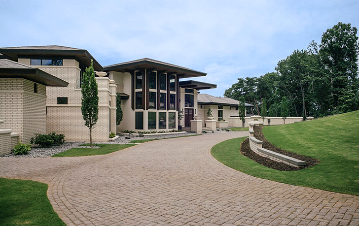 denny-hamlin-lake-norman-mansion1