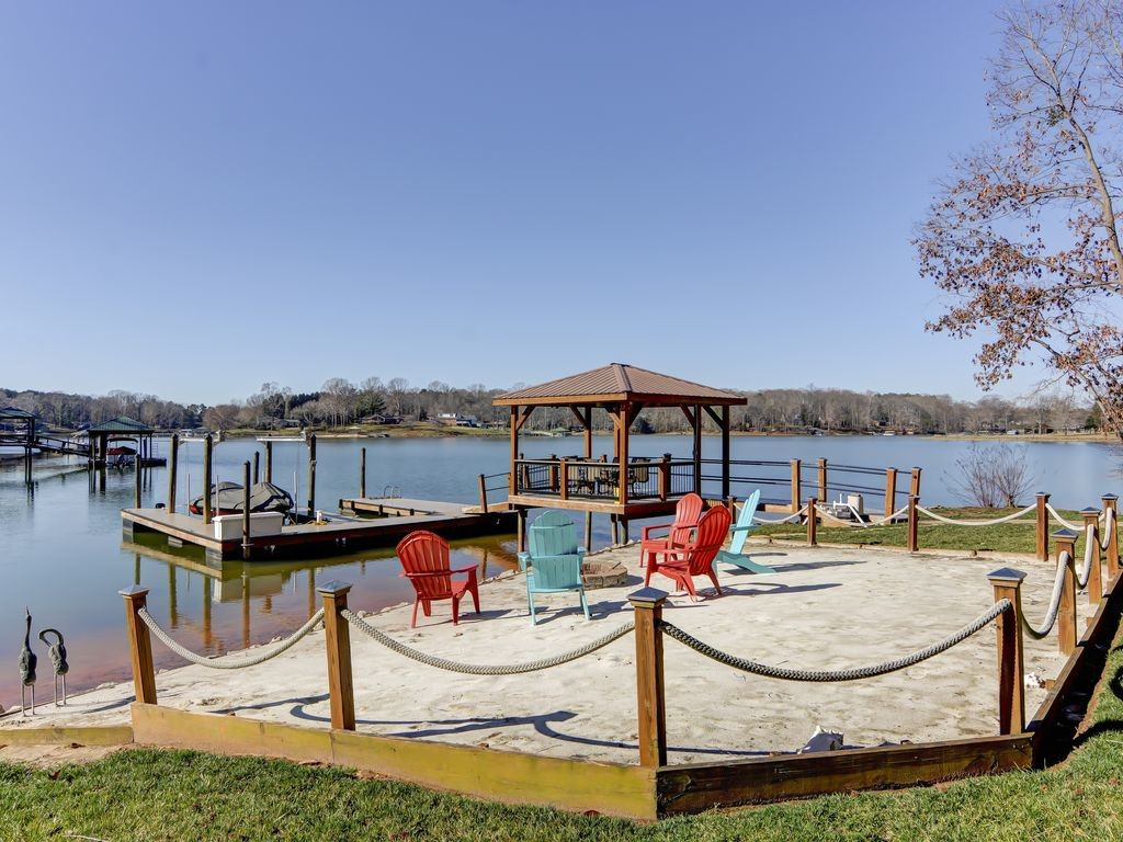 Homes On Lake Norman You Can