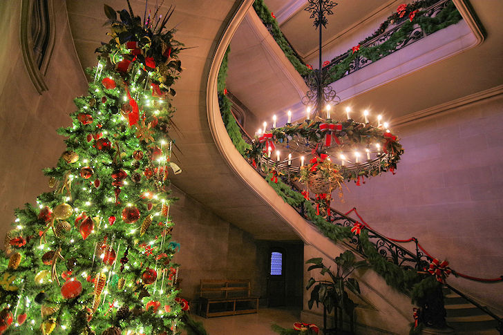 Biltmore Estate Christmas.Exclusive First Look Inside Christmas At The Biltmore