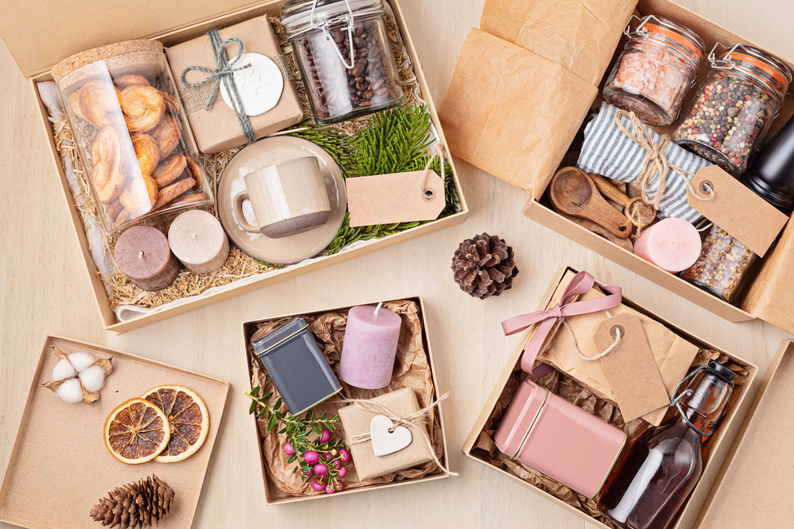 How to Encourage Employees with Corporate Gifts
