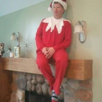 Living Elf on the Shelf